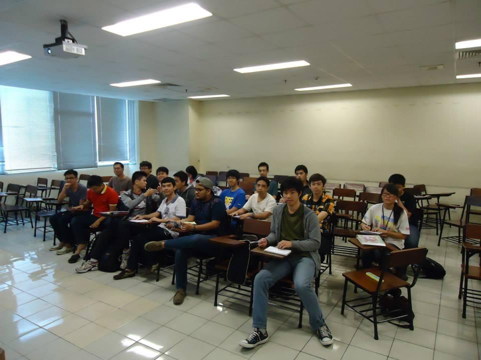 2013-10-25_Tutoring Kalkulus II di SAC-BINUS di Ruang 305 di kampus Anggrek BINUS University